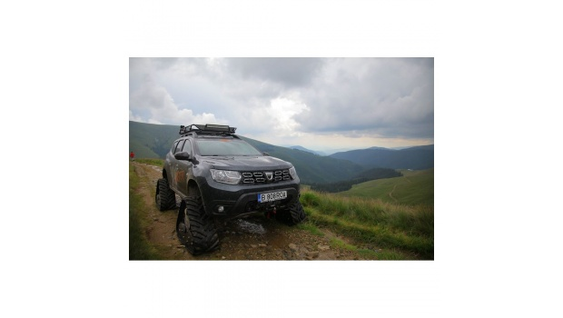 acf-rubber-tracks-conversion-systems-for-dacia-renault-duster